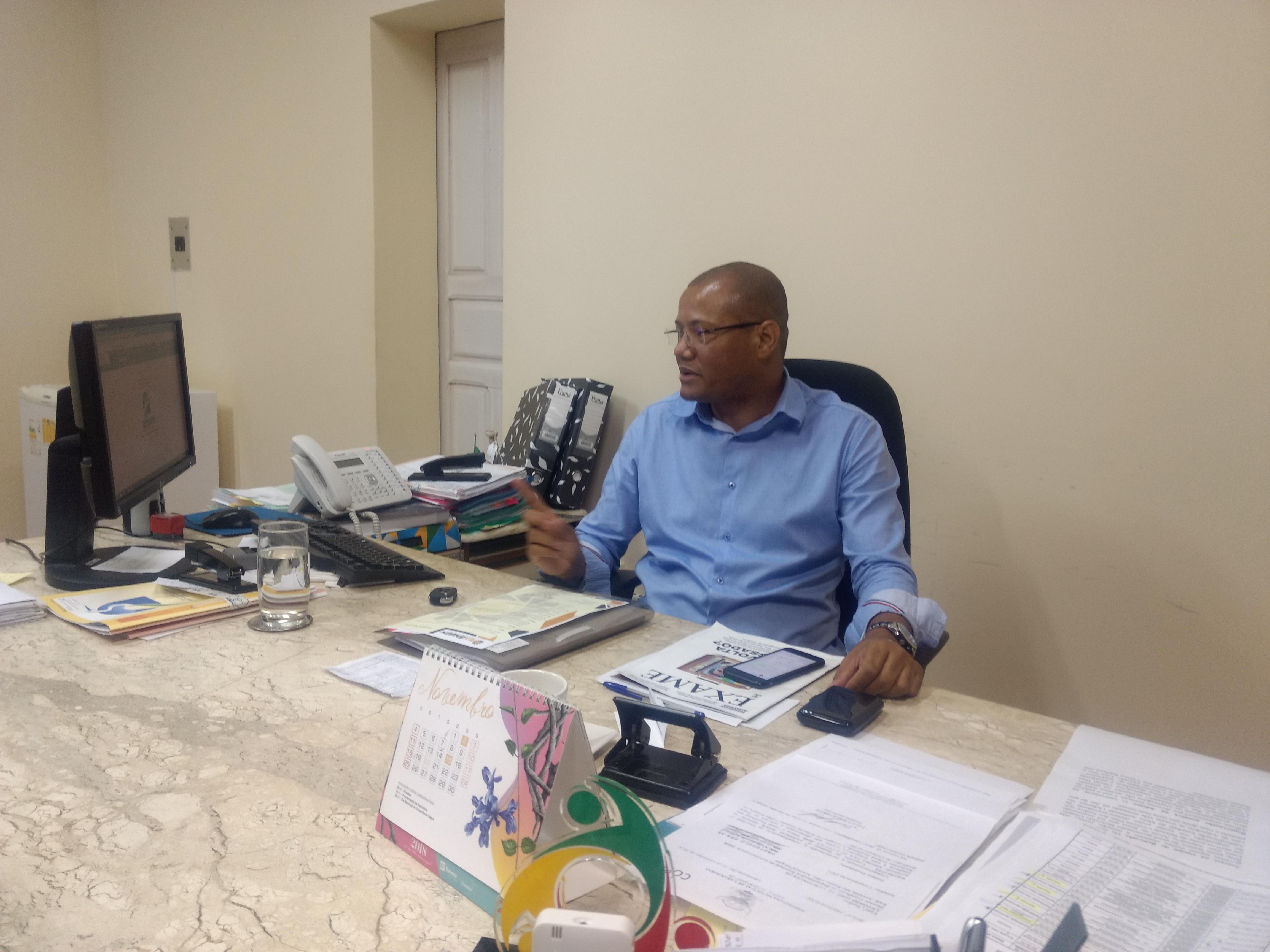 Visando excelência, Pastor Gilvan Dias (diretor da ADEMA) vê  seus egressos constantemente em posições de destaque