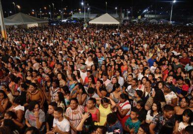 Show evangélico reúne milhares de cristãos em Nossa Senhora do Socorro